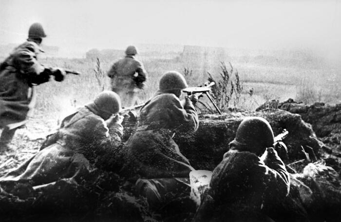 Штрафные роты были штурмовыми подразделениями. /Фото: waralbum.ru.