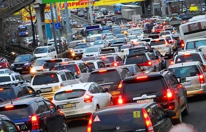 Сколько можно стоять на холостом ходу без вреда для любимого автомобиля