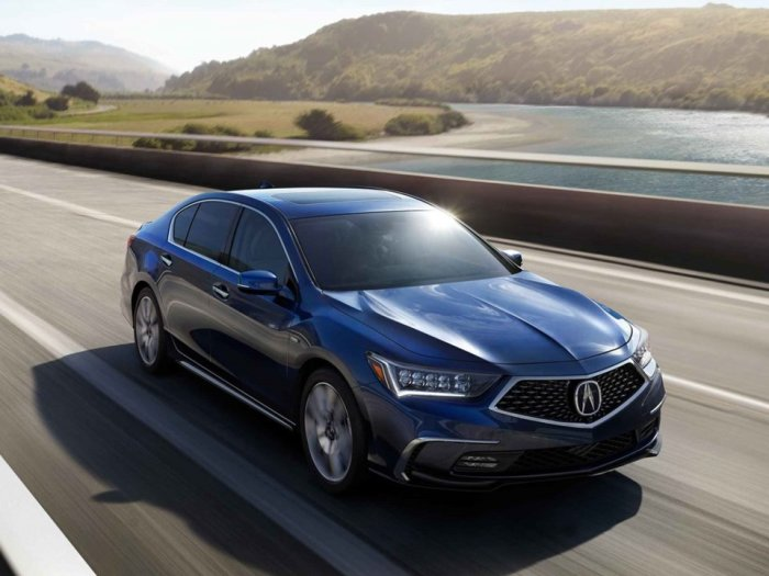 Вызывающая интерес Acura RLX Sport Hybrid.