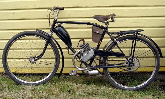 Сначала были велосипеды с двигателями. /Фото: pswebessentials.com.