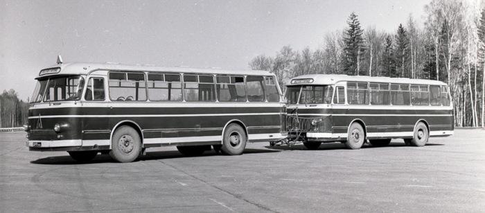 . ЛАЗ-695М - одна из попыток создать автопоезд.