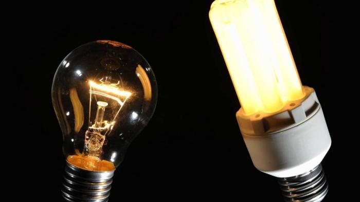 Нужно правильно выбрать лампу. /Фото: propotolok.guru.
