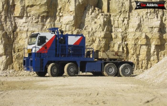 Самый большой грузовик Nicolas Tractomas TR 10X10 D100.