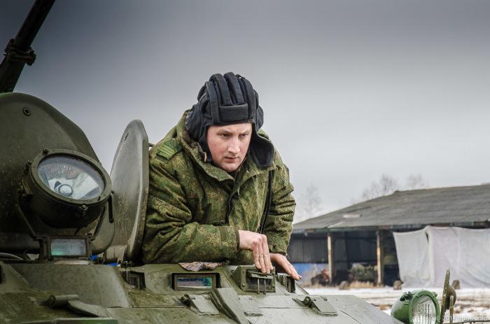 Шлемофон вещь исключительно полезная. /Фото: sm-news.ru.
