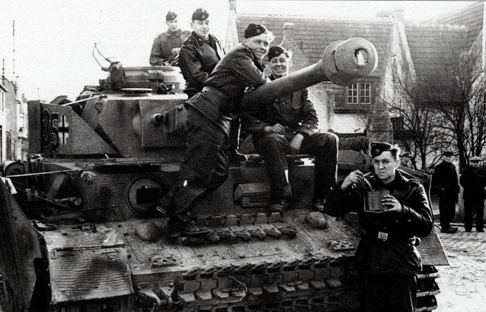 Какое личное оружие было у немецких танкистов.