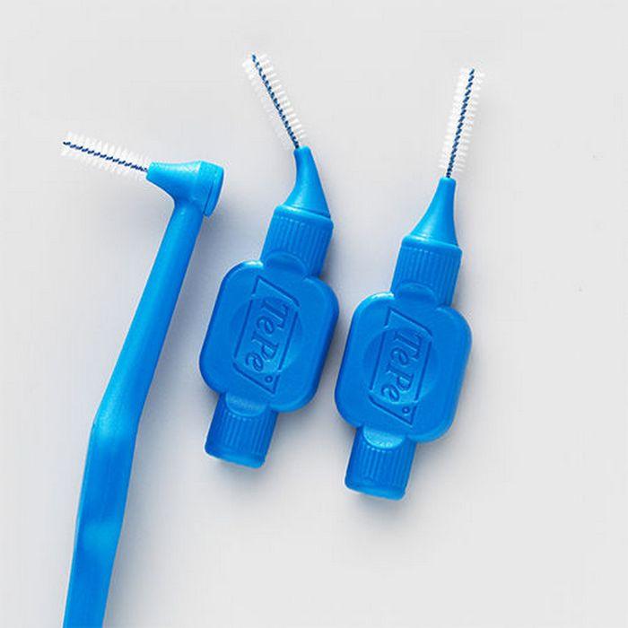 Зубочистка TePe Interdental Brushes.