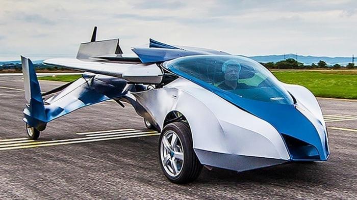 Скоро все машины взлетят в небо и первыми будут летающие автомобили.