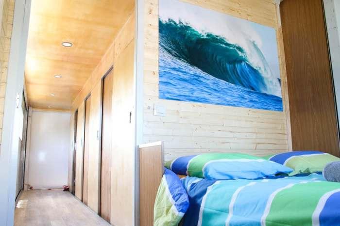 Место найдется в Truck Surf Hotel для всех.