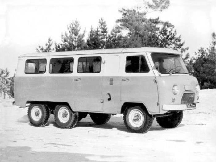 УАЗ 452К мог пройти везде и всюду.