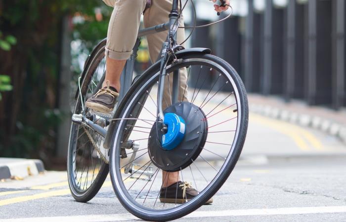 Колесо с двигателем для твоего велосипеда.