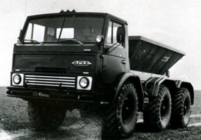Специально разработан ЗИЛ для советского агропрома.