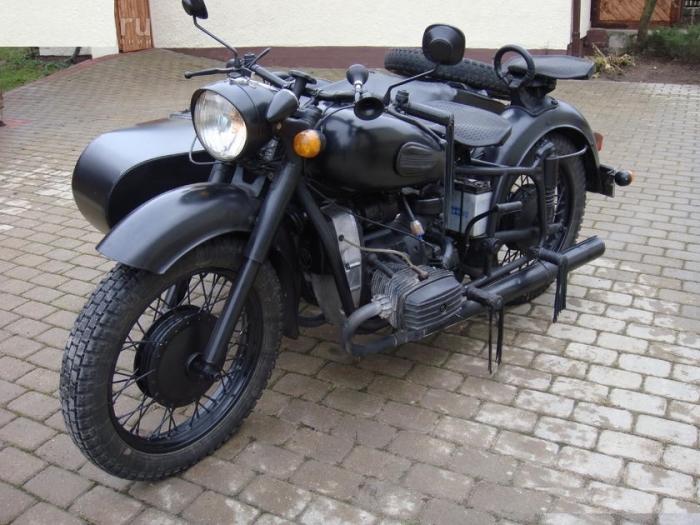 Легендарный мотоцикл Днепр.