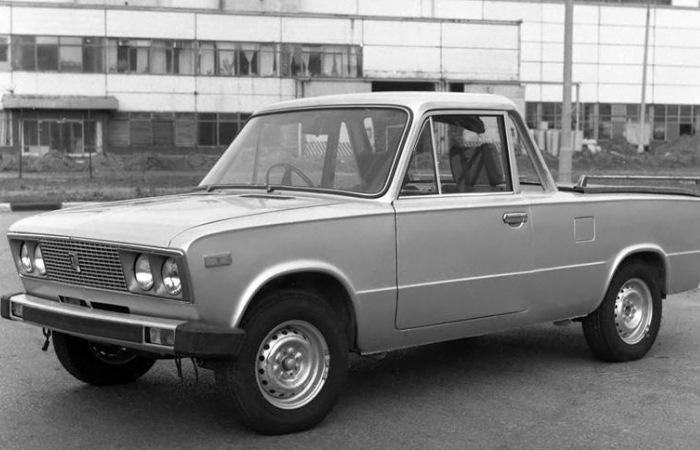 Перспективные образцы советских автомобилей.