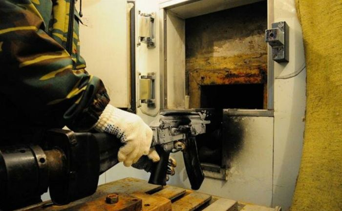 Испытания оружия проводятся на специальном станке. /Фото: arms-expo.ru.