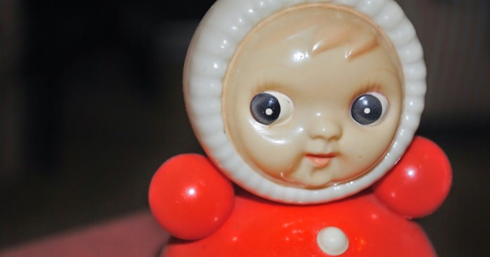 Игрушка эта очень старая. /Фото: 100prichin.blogspot.com.