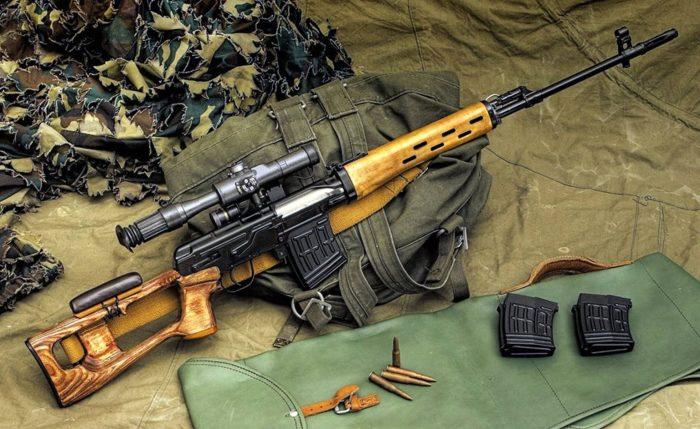 Можно стрелять и пулеметным. /Фото: youtube.com.