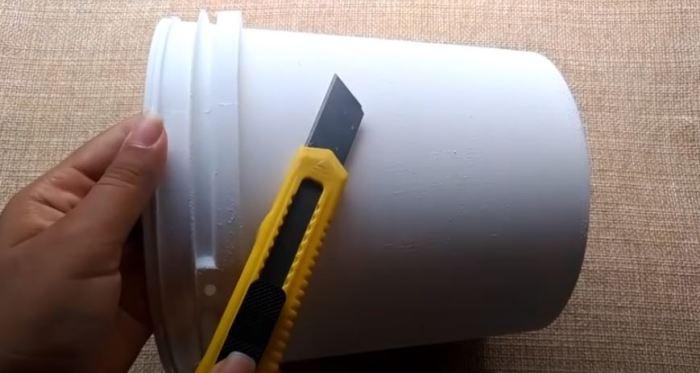 И все это из простого ведра. /Фото: youtube.com.