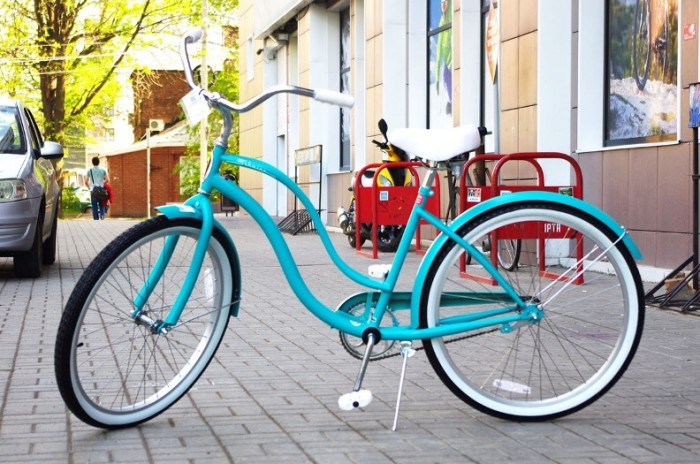 Прекрасный Schwinn Cruiser One Women для прекрасных дам.