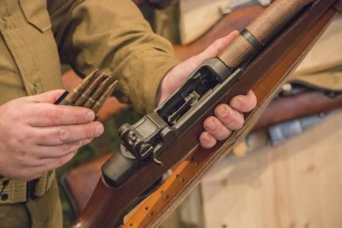 Почему американские солдаты прозвали винтовку М1 Garand «пальцеломкой»