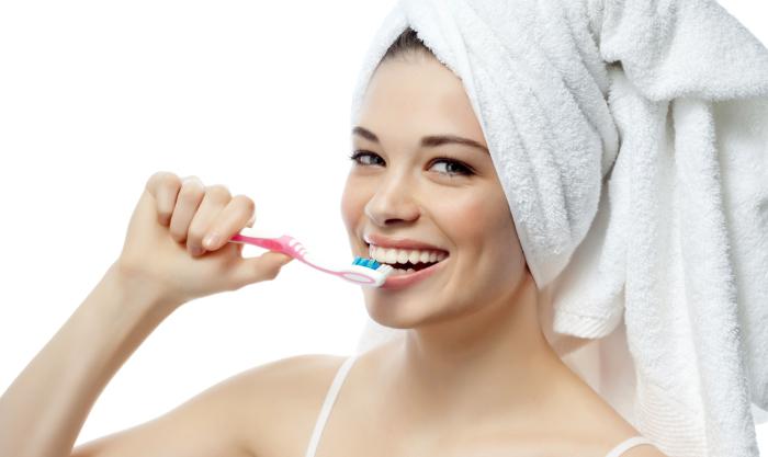 Очень важно чистить зубы. /Фото: alev.biz.