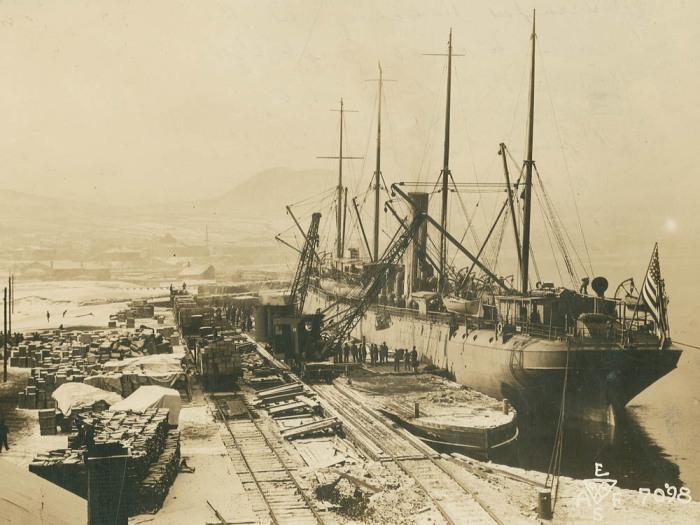Важнейший порт. /Фото: photochronograph.ru.