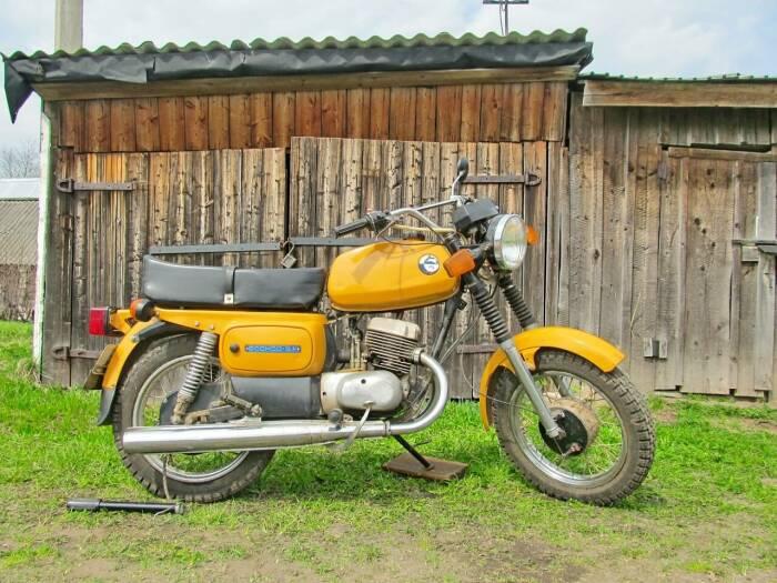 Не самые впечатляющие характеристики компенсируются низкой ценой. /Фото: real-biker.ru.