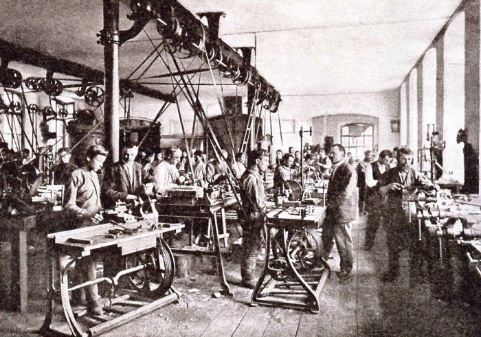 Условия труда были ужасными. /Фото: pinterest.com.au.