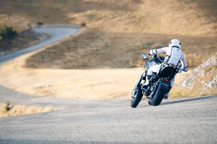 Уникальная конструкция Yamaha Niken обещает революцию.
