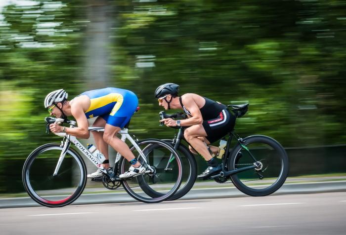 Первыми на этом поприще были велосипедисты. /Фото: dimapetrov.com.