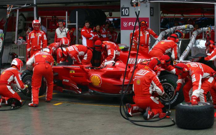 В гонках все не как у людей. /Фото: autosport.com.ru.