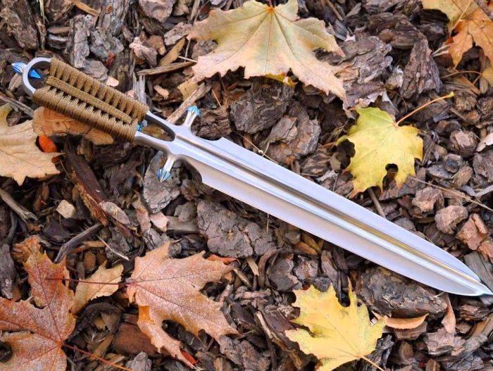 Дол можно увидеть на самом разном оружии. /Фото: nwcod.com.