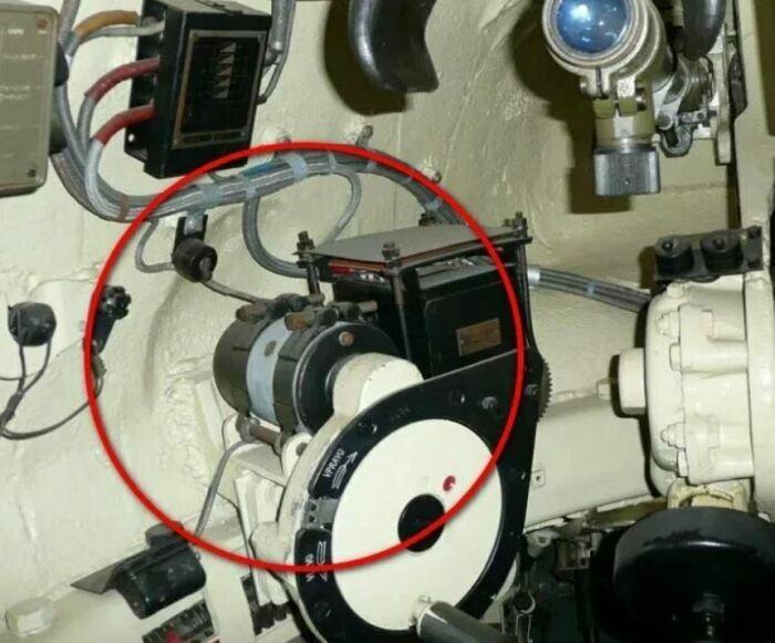 Это место установки поворотного механизма башни. /Фото: ya.ru.