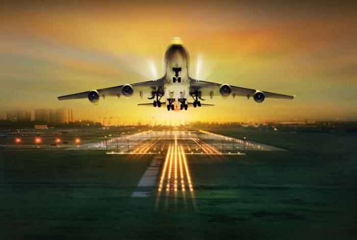 Взлет и посадка - самые опасные моменты. /Фото: earth.com.