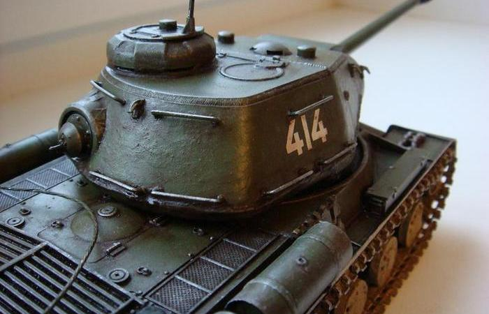 зачем в корме башни некоторых танков был нужен пулемет.