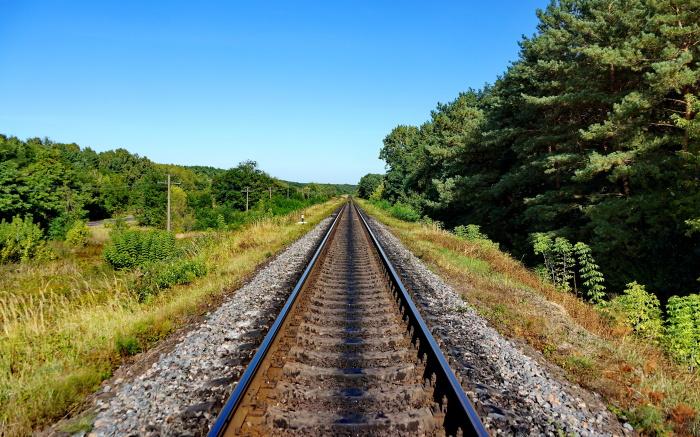 Железные дороги все разные. /Фото: 1zoom.me.
