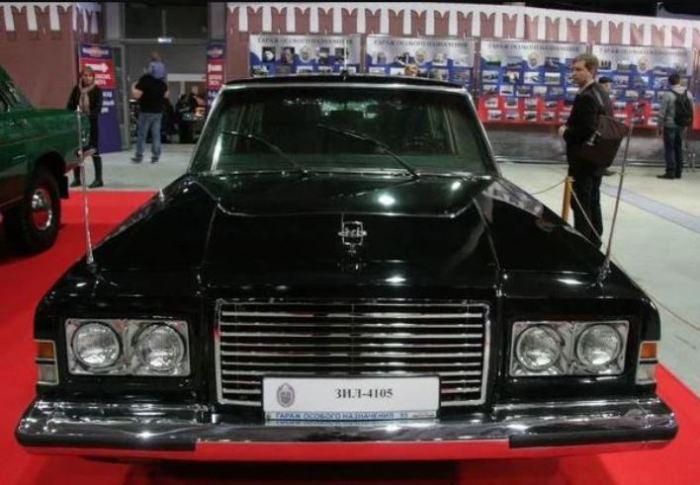 Автомобиль ЗИЛ для первых лиц государства.