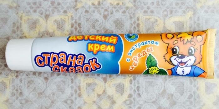 Крем за 25 рублей избавит от необходимости отдавать состояния мастерам педикюра