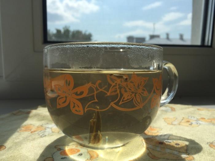 Цвет белого чая.