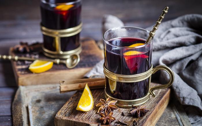 Согревающий винный напиток.