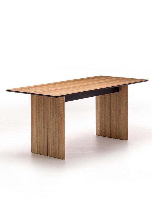 Этот же стол в разложенном варианте.