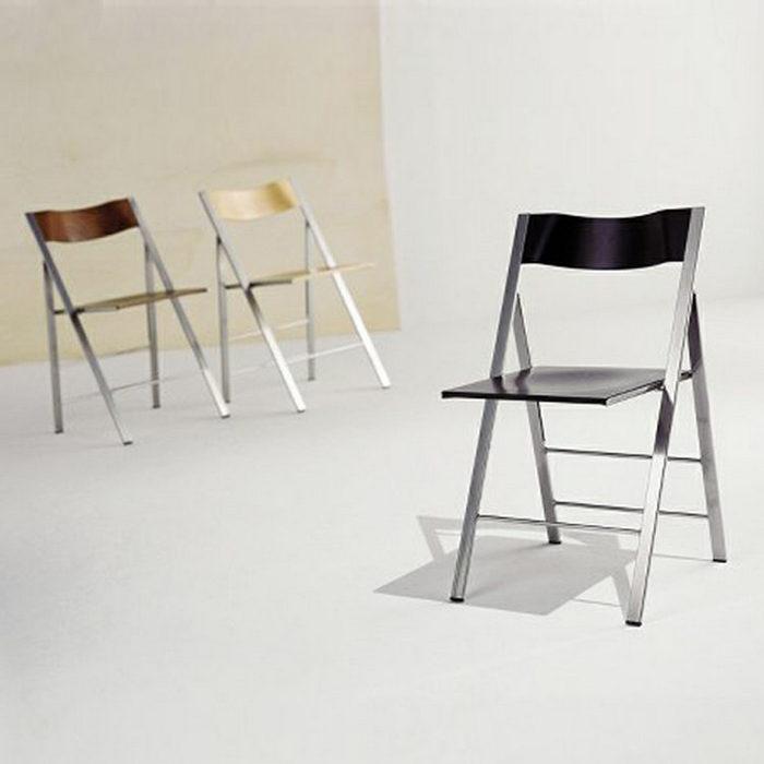 Штабелируемые стулья.