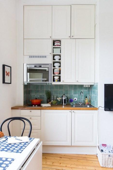 Стильная маленькая кухня.