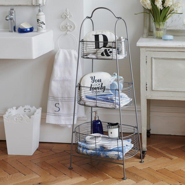 Этажерка для хранения в ванной.