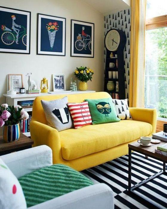 Стильный предмет мебели за небольшие деньги.