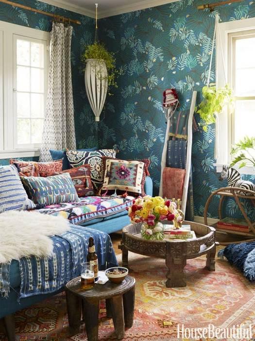 Декор пространства живыми цветами.