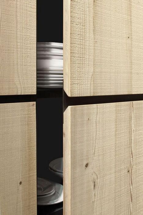 Кухонные шкафчики с выемкой.