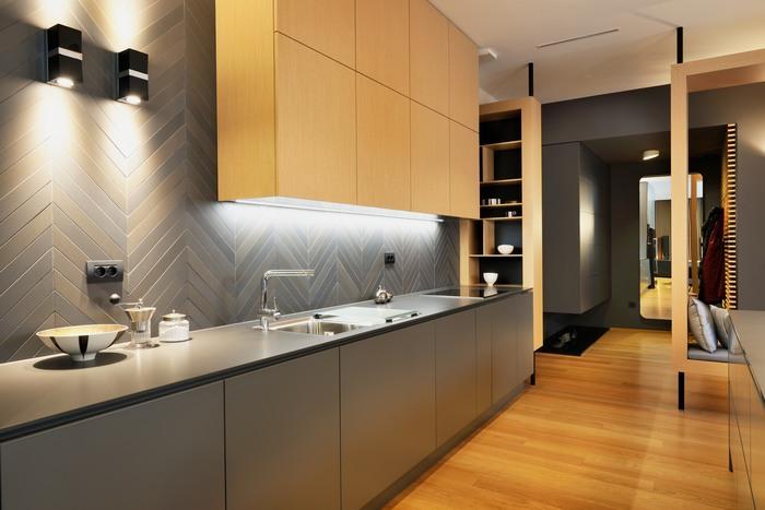 Интересный дизайн современной кухни.