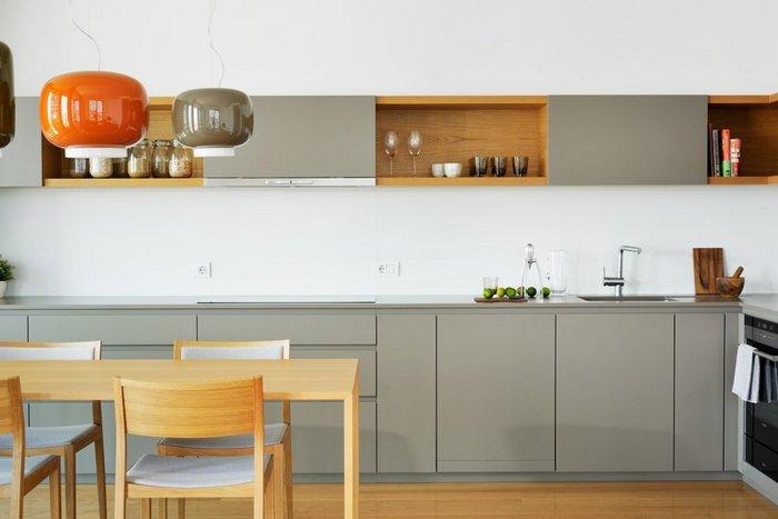 Дизайн кухни без ручки.