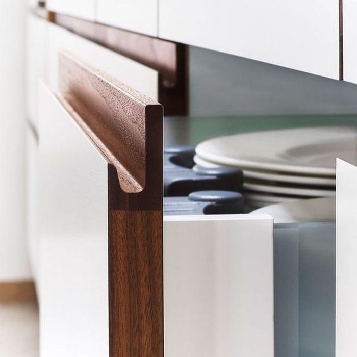 Современная кухонная мебель.