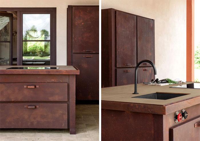 Металлическая мебель для кухни.